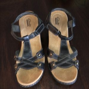 Clark's Comfort sandals like new